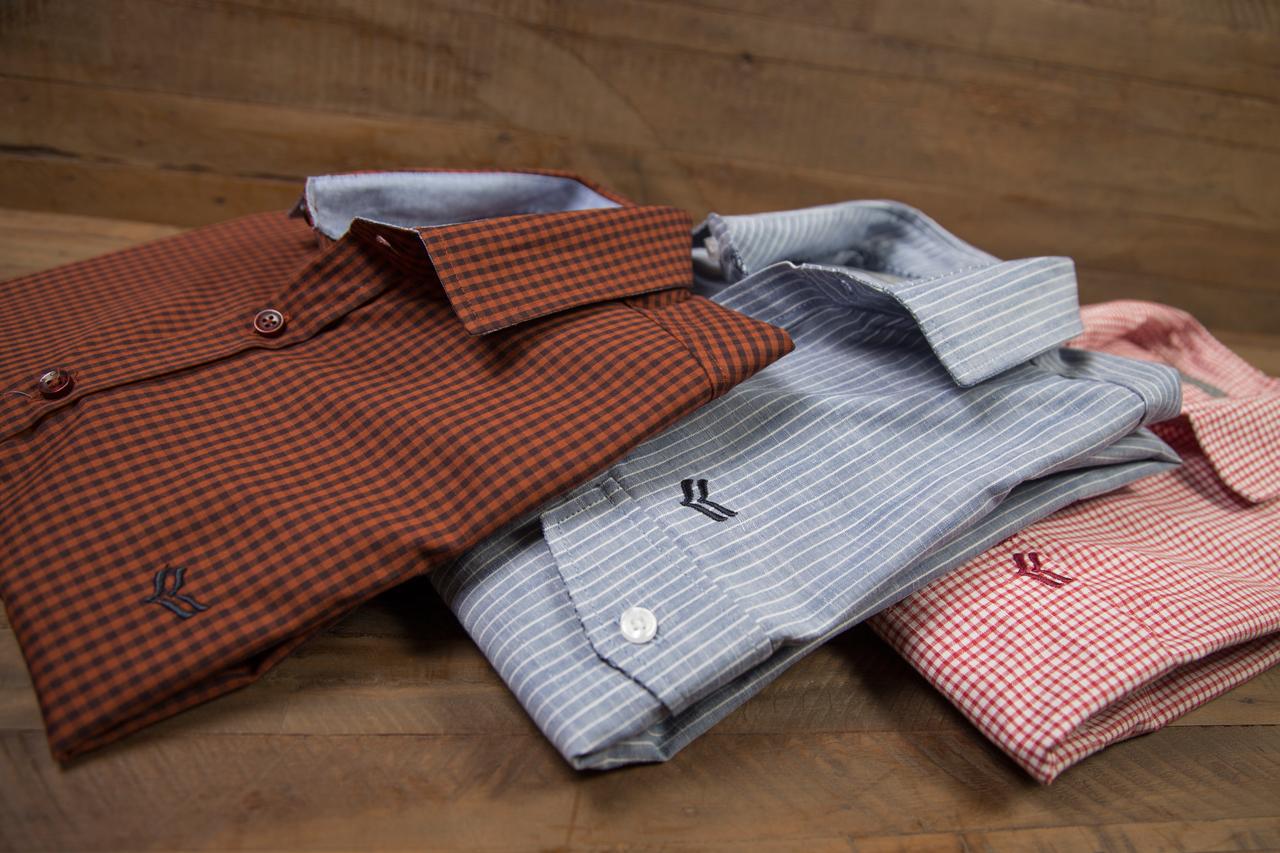 Camisas lisas ou com padronagem - Camisaria Italiana