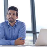 Sem erro: 5 dicas para usar camisa no trabalho