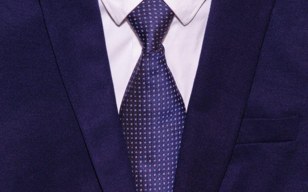 Como conservar um terno masculino