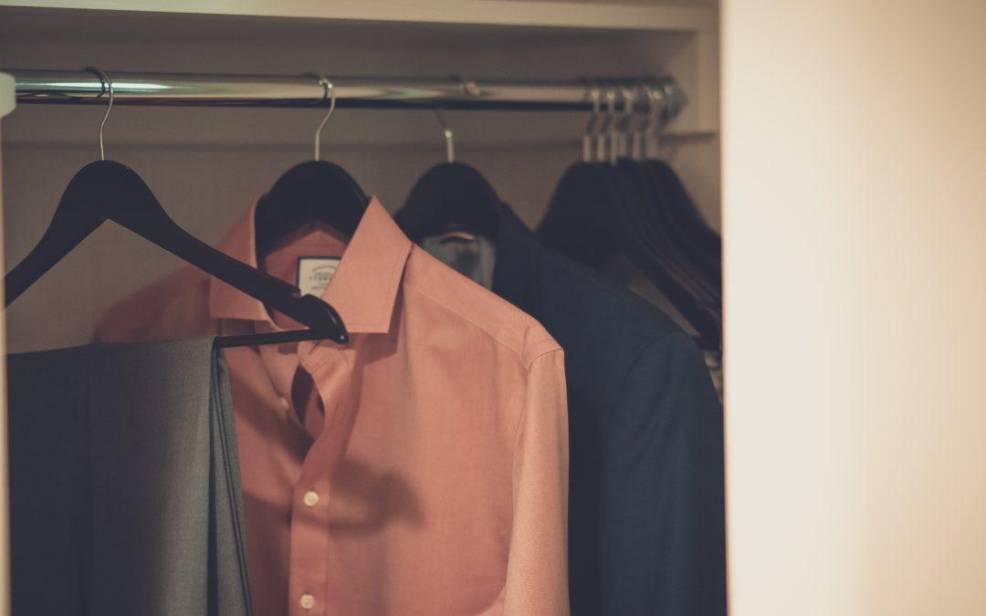 Dicas de como usar uma camisa slim fit masculina