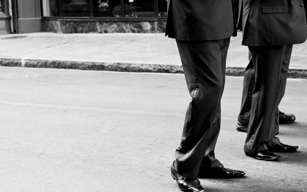 Conheça os tipos de ternos e qual o ideal para você