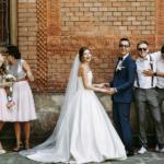 Tendência em casamentos: combinação entre os trajes dos padrinhos